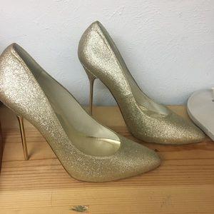 Stuart Weitzman Shoes - Gold Glitter Stiletto Stuart Weitzman Pumps